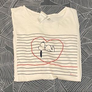 🔴 3/$18 • H&M Snoopy graphic tee 🔴